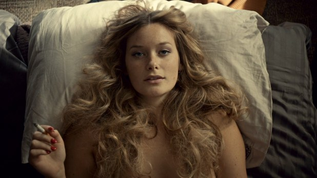 Rachel Keller nude butt and hot - Fargo (2015) S02E04 HD 1080p (3)