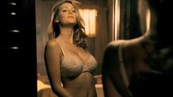Diora Baird hot lingerie and Jordana Brewster hot - The Texas Chainsaw Massacre -The Beginning (2006) HD1080p BluRay (9)