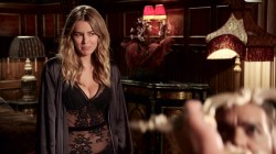 Keeley Hazell hot and sexy, Alexandra Park and Sarah Dumont hot - The Royals (2015) s2e6 HD 1080p WEB-DL (4)