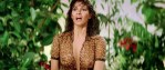 Raquel Welch hot cleavage wet and see through – L'animal (1977 hd720p