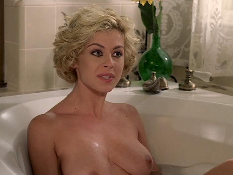 Cinzia Roccaforte nude butt and nude huge boobs, Lisa Comshaw nude sex - La Iena (1997) (11)