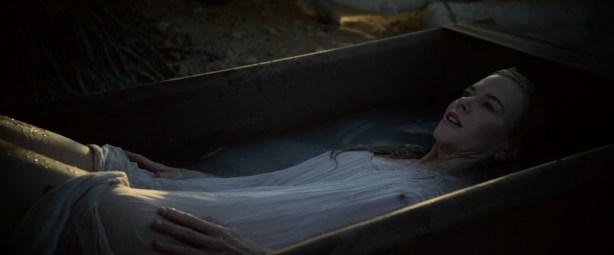 Nicole Kidman hot, wet see through and pokies- Queen of the Desert (2016) HD 1080 WEB-DL (1)