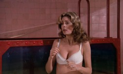 Susan Sarandon hot and sexy and Nell Campbell nude nipple slip - The Rocky Horror Picture Show (1975) HD 1080p BluRay (9)