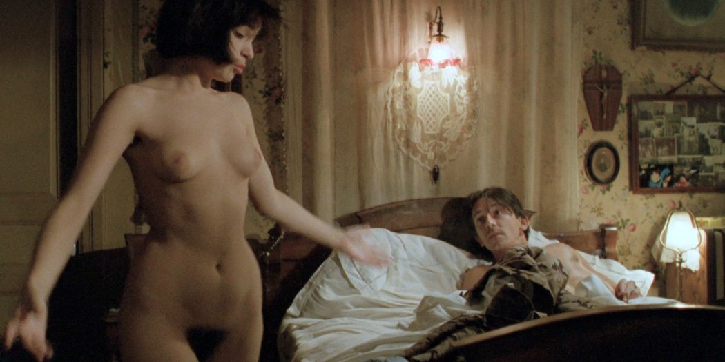 Beatrice Dalle nude full frontal, butt and topless - Betty Blue 37 2 Le Matin (FR-1986) Director's Cut HD 1080p BluRay (9)