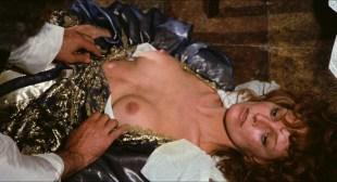 Dalila Di Lazzaro nude butt and boobs, Edwige Fenech nude and other's nude too - Il tuo vizio è una stanza chiusa e solo io ne ho la chiave ( IT-1972) HD 1080p
