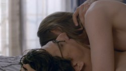 Gillian Jacobs nude but covered in two hot sex scenes - Love (2016) s1e7 HD720p (5)