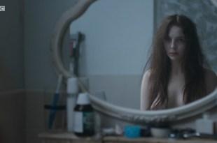 Jodie Comer nude boobs - Thirteen (2016) s1e1 HDTV 720p (1)
