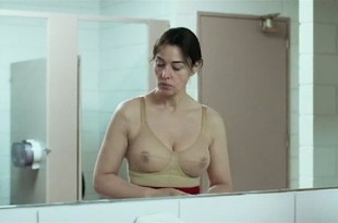 Monica Bellucci see through bra and very sexy and Elisabeth Locas nude hot sex –  Ville-Marie (FR-2015)