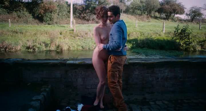 Louise Bourgoin nude full frontal - Je Suis un Soldat (FR-2015) (4)