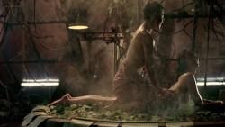 Mylène Jampanoï nude butt and Li Xiaoran nude too - Les Filles Du Botaniste (FR-2006) (8)