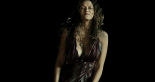Teresa Palmer hot and busty in bikini and very sexy - Point Break (2015) HD 1080p (6)