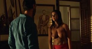 Ylenia Baglietto nude topless - Ocho apellidos catalanes (ES-2015) (2)