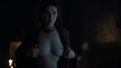 Carice van Houten nude topless and butt - Game Of Thrones (2016) s06e01 HD 1080p (3)