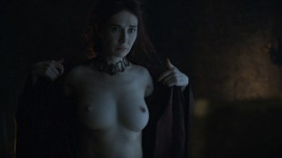 Carice van Houten nude topless and butt - Game Of Thrones (2016) s06e01 HD 1080p