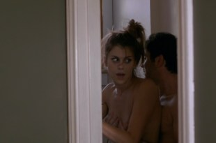 Lindsey Shaw hot sex and a nipple – Temps (2016) HD 1080p Web-Dl