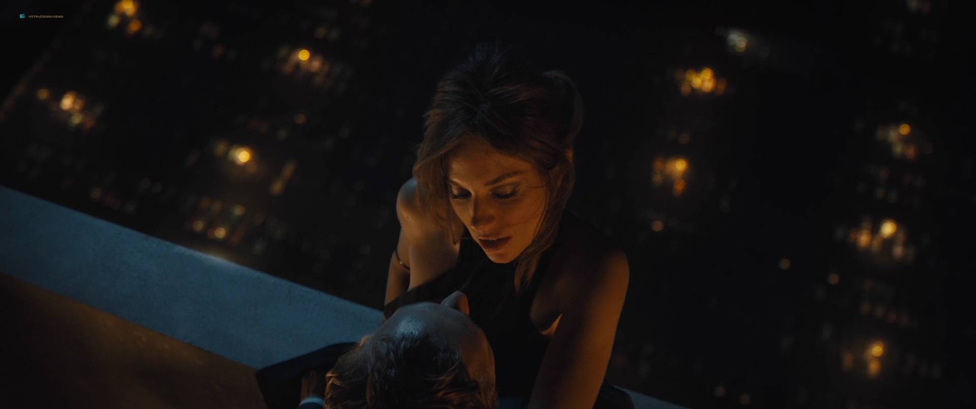 Sienna Miller nude boobs and hot sex - High-Rise (2015) HD 1080p (17)