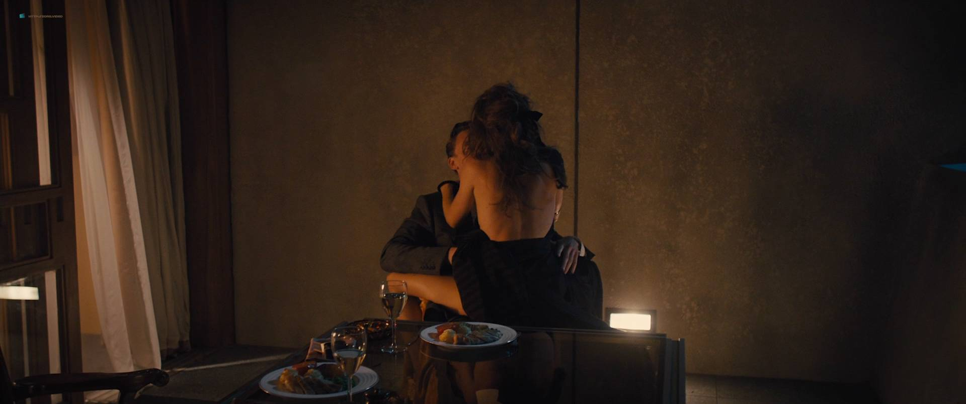 Sienna Miller nude boobs and hot sex - High-Rise (2015) HD 1080p (14)