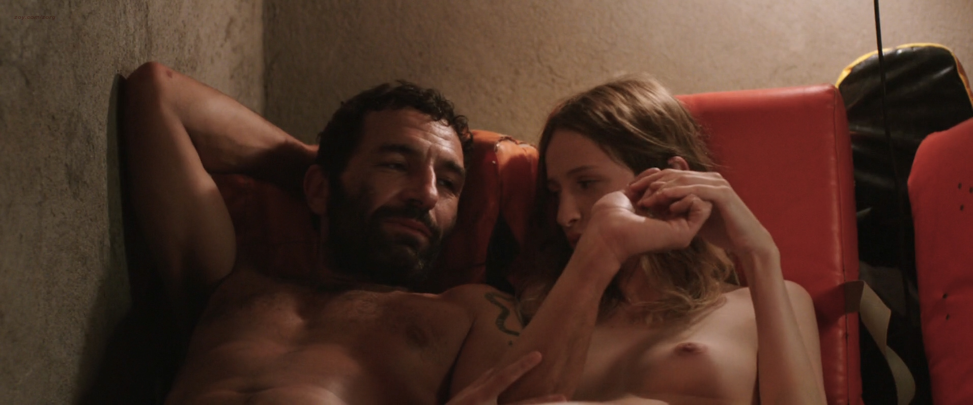 Christa Théret nude topless - La Fille Du Patron (FR-2015) HD 1080p WEB-dl (3)