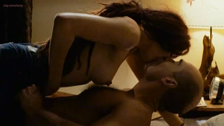 Clara Furey nude brief topless and Danielle Hubbard nude sex - CQ2 (CA-FR-2004) (5)