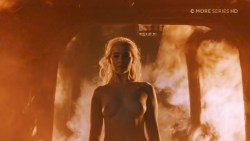 Emilia Clarke nude topless- Game of Thrones (2006) s6e4 HDTV 1080p (4)