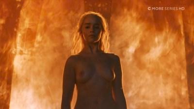 Emilia Clarke nude topless- Game of Thrones (2006) s6e4 HDTV 1080p (3)
