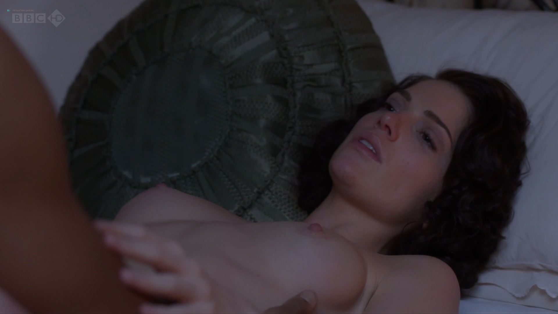 Janet Montgomery nude topless and sex - Dancing on the Edge (2013) s1e4 HD 1080p (4)