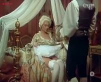 Penélope Cruz nude, Itziar Álvarez and Marina Martinez Andina nude bush - Serie rose - Elle et Loui (FR-1986) (6)