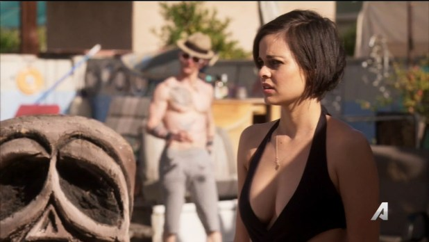 Lina Esco nude sex and hot in swimsuit - Kingdom (2016) s2e15 HDTV 720p (2)