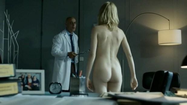 Maggie Civantos nude butt boobs and Berta Vázquez nude lesbian sex - Locked Up (ES-2015) s1 (4)