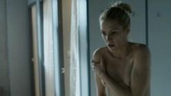 Maggie Civantos nude butt boobs and Berta Vázquez nude lesbian sex - Locked Up (ES-2015) s1 (8)