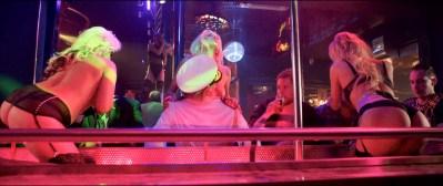 Anouk Kleykamp nude topless, Jennifer Hoffman hot and Jelka van Houten sexy - Familieweekend (NL-2016) HD 1080p BluRay (9)