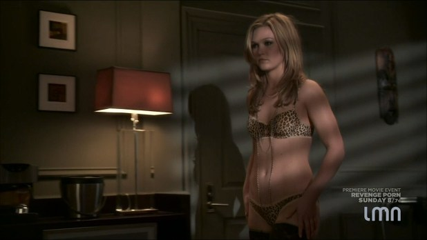 Julia Stiles hot and sexy some sex in lingerie - Blue (2014) s1e1-2 HDTV 720p (3)