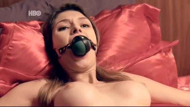 Aline Jones nude topless Day Mesquita, Juliana Schalch, Michelle Batista all nude too - O Negócio (BR-2016) s3e10 HDTV 1080p (11)