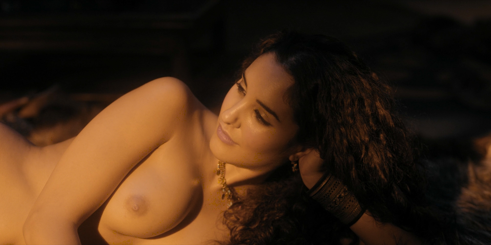 Sexy black ladies fucking