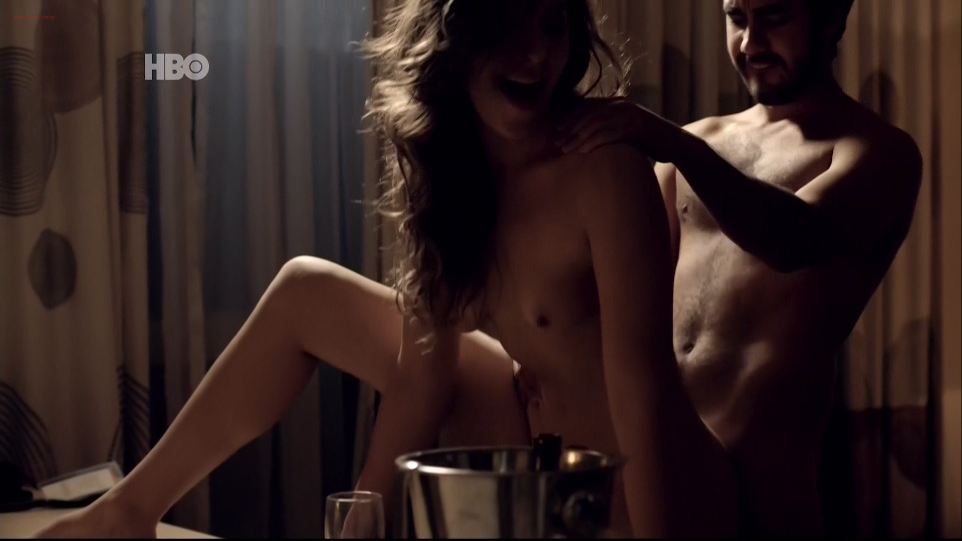 Juliana Schalch nude topless, Carla Zanini, Michelle Batista and Gabriella Vergani nude sex too - O Negócio (BR-2016) s3e7-8 HDTV 1080p (3)