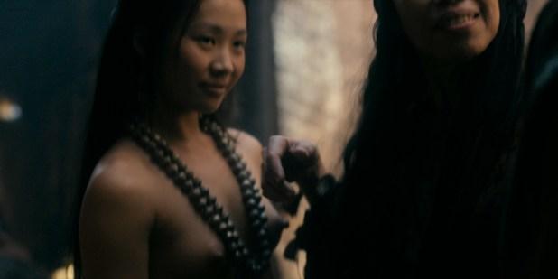 Olivia Cheng nude topless Esther Low nude boobs Karishma Ahluwalia nude butt – Marco Polo (2016) s2e5 HD 1080p (2)
