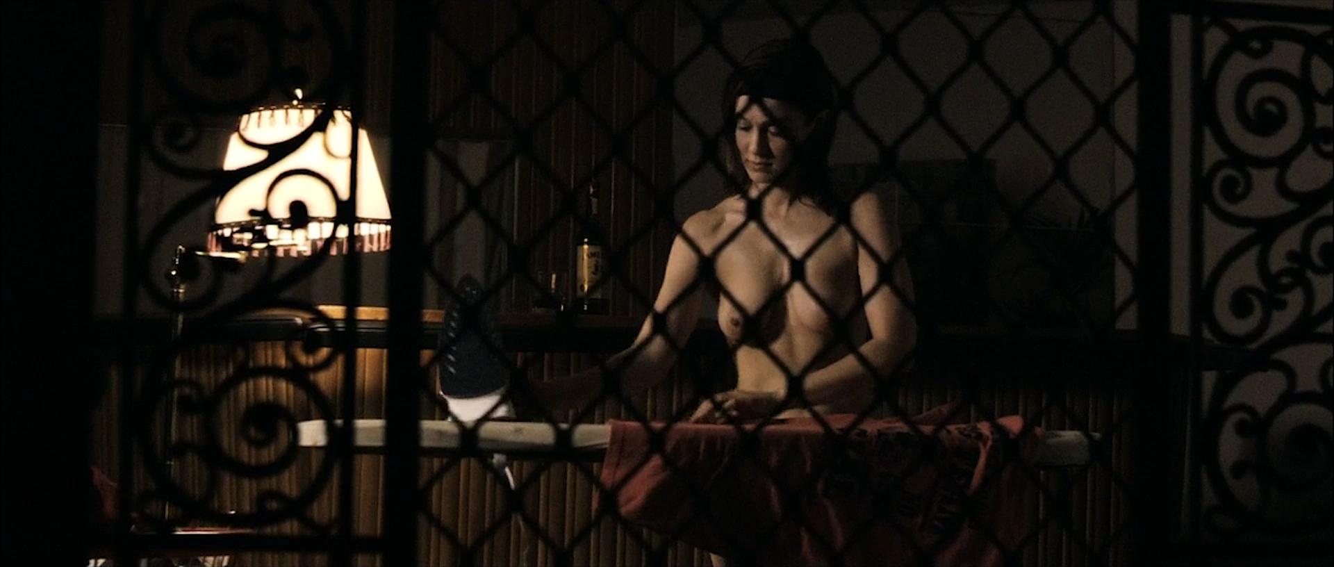 Tahyna Tozzi hot and wet and Kristi-Lee Kalendra nude topless - Beautiful (AU-2009) 1080p BluRay (4)