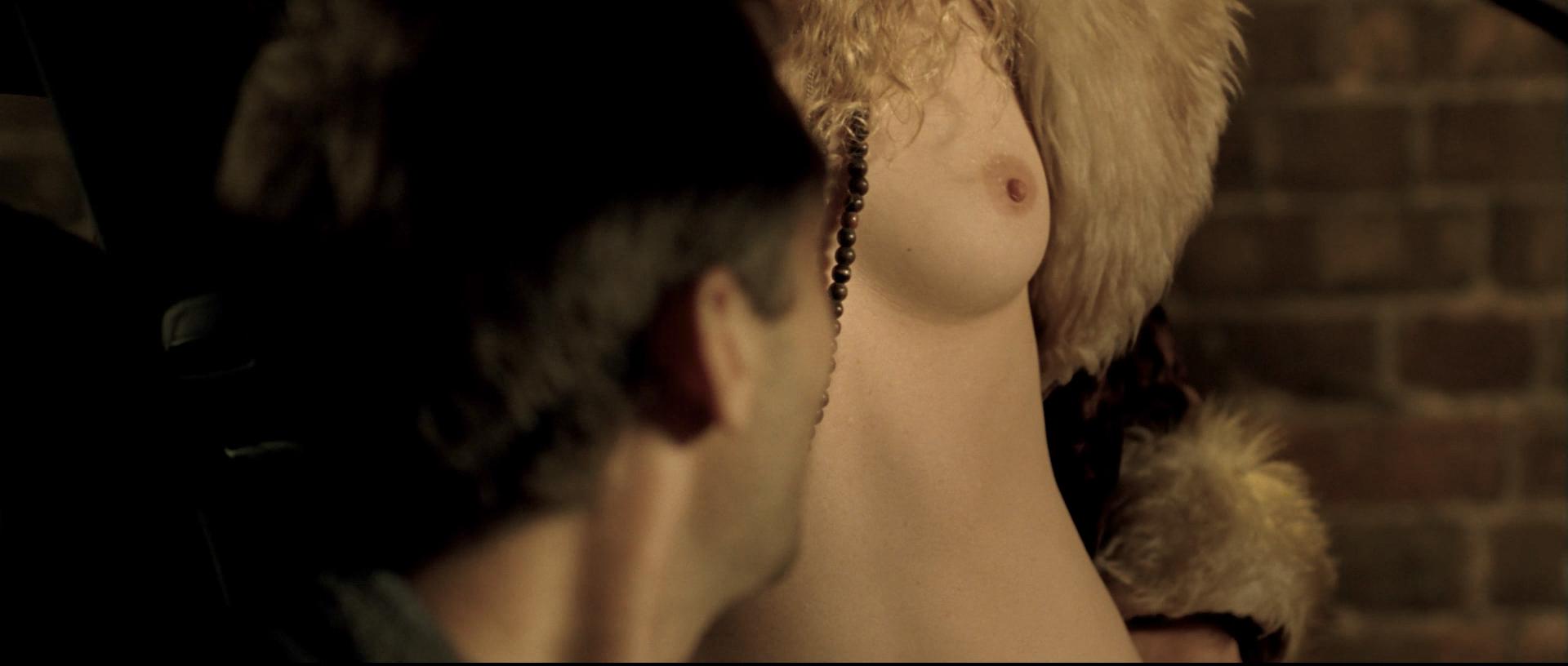 Juliette Binoche nude topless and sex Vera Farmiga nude and Robin Wright hot - Breaking and Entering (2006) HD 1080p BluRay (8)