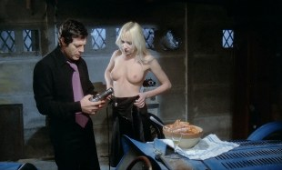 Solange Blondeau nude full frontal Andréa Ferréol nude sex and Eva Simonet nude topless -  La grande bouffe (FR-1973) HD 1080p