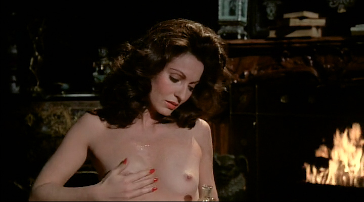 Marie-France Pisier nude sex and Susan Sarandon nude topless - The Other Side Of Midnight (1977) (16)