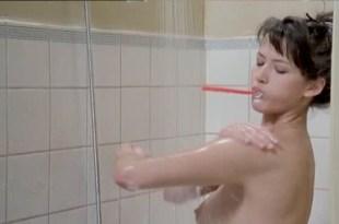 Sophie Marceau nude bush and boobs – L'étudiante (FR-1988)