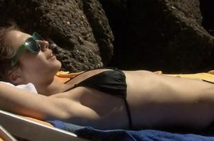 Willa Holland hot and sexy – A Summer in Genoa (2008)