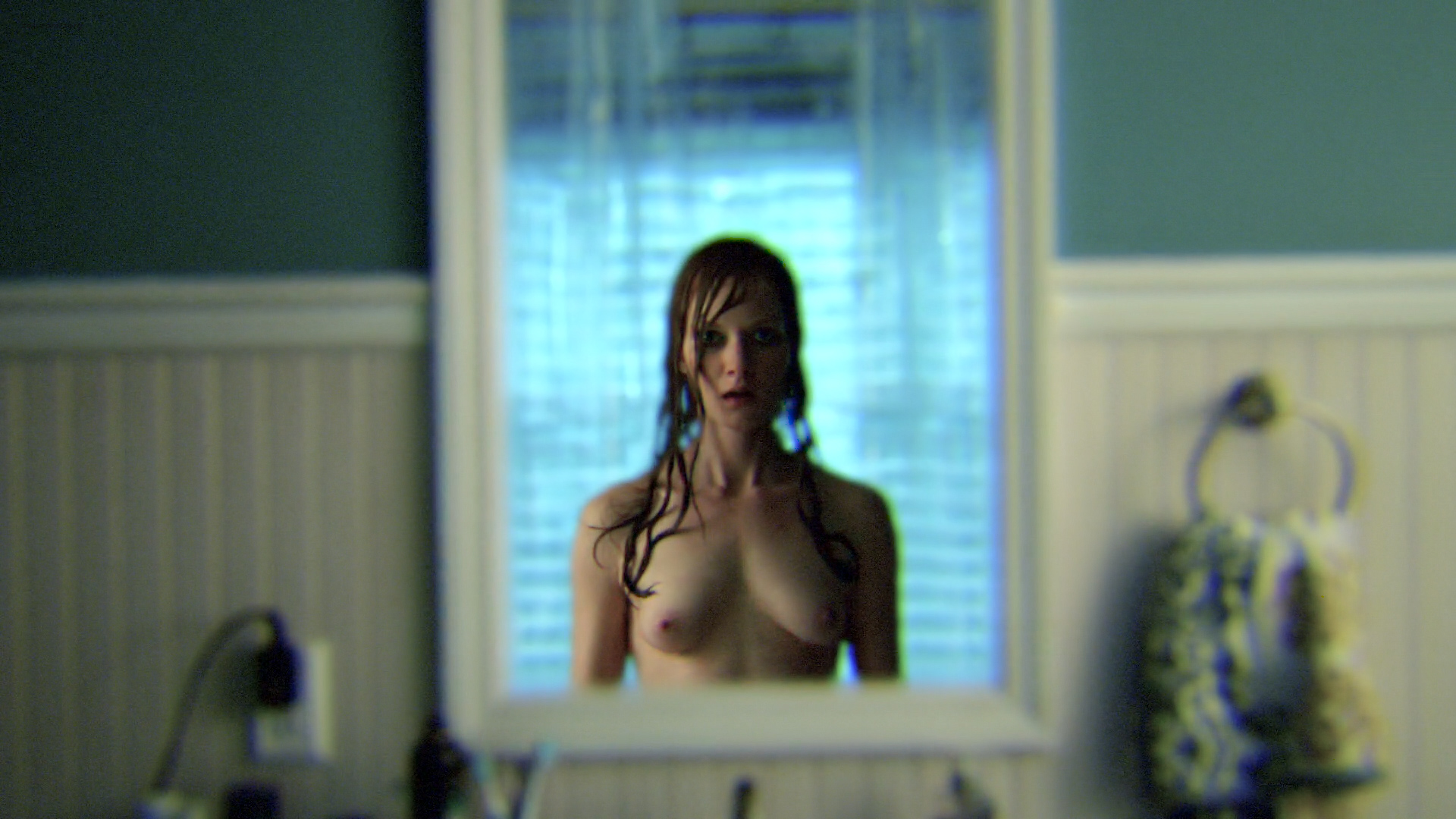 Wrenn Schmidt nude topless and butt – Outcast (2016) s01e09 HD 1080p (3)