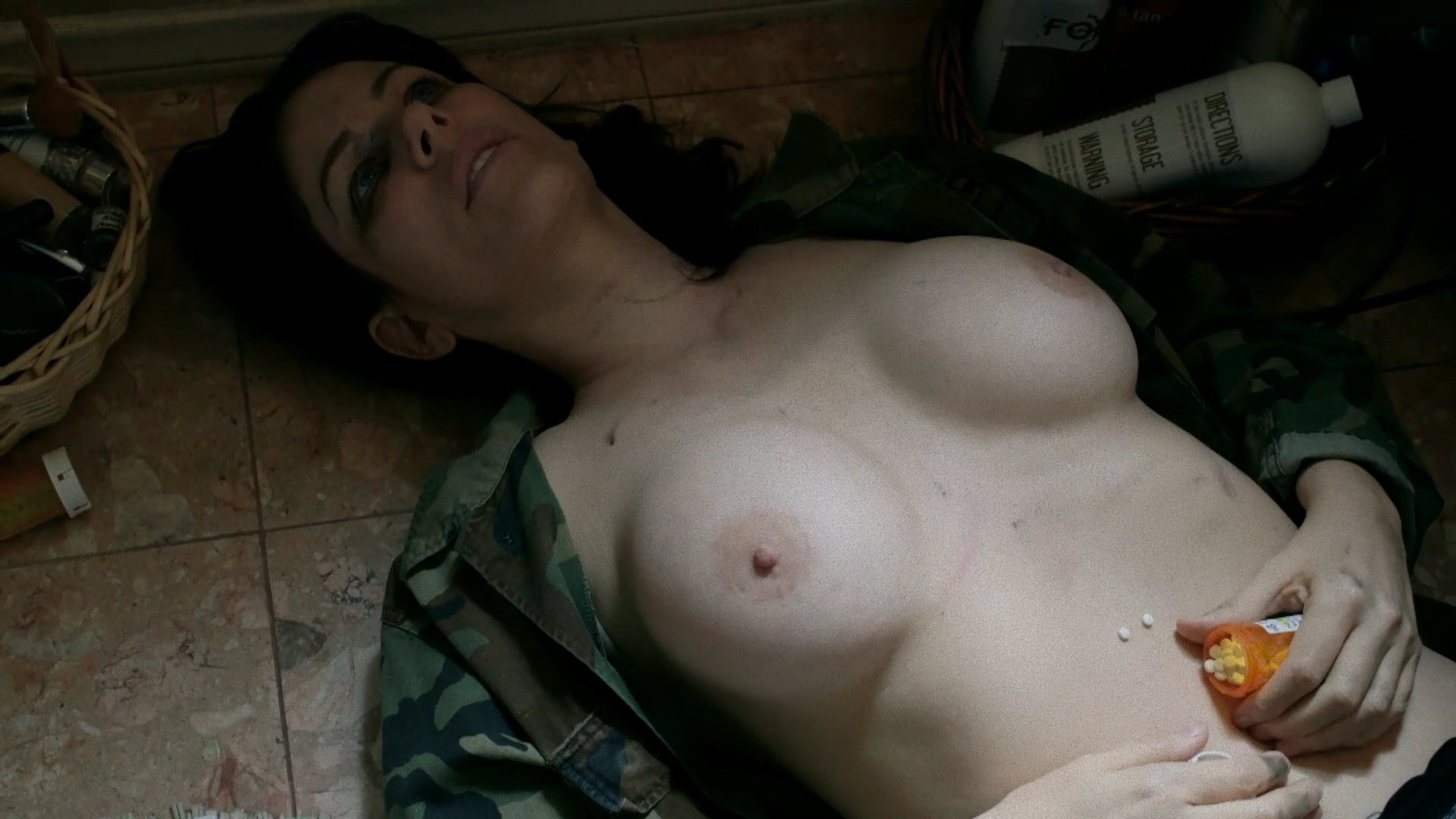 Amber Dawn Lee nude and Noelle Messier nude bush and lesbian sex - Black Tar Road (2016) HD 1080p (9)