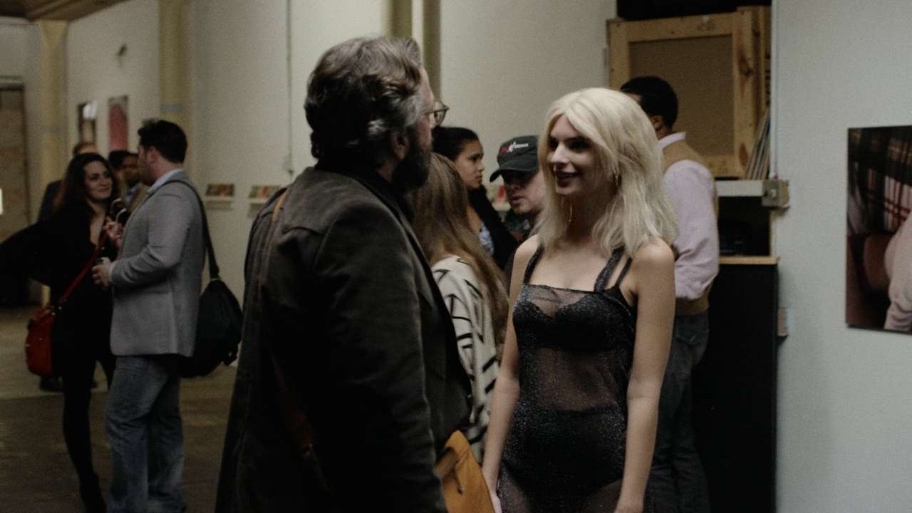 Emily Ratajkowski hot lingerie and Alexandra Marzella hot - Easy (2016) s1e5 HD 720p (1)