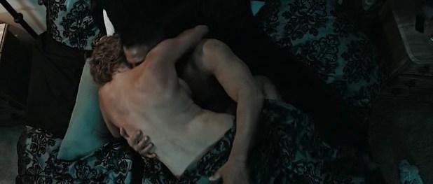 Estella Warren nude covered and hot sex - Assassoination (2016) (1)