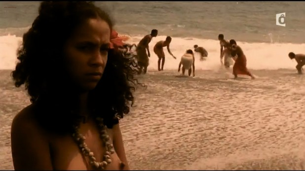 Irina Cardoso nude topless other's nude too - Les Aventuriers des mers du Sud (FR-2006) HDTV (9)