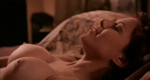 Kari Wuhrer nude topless and sex - Sex and the Other Man (1995) (3)