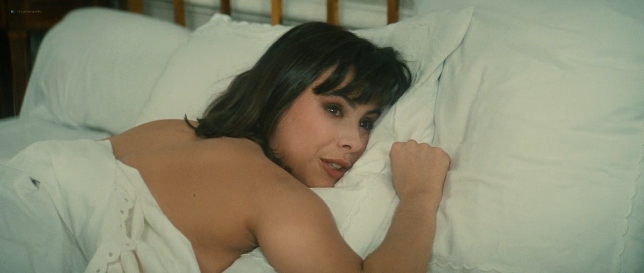 Mathilda May nude butt and boobs- Trois places pour le 26 (FR-1988) HD 720p (9)