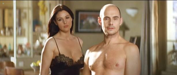 Monica Bellucci nude topless - Combien tu m'aimes? (FR-2005) HDTV 720p (12)